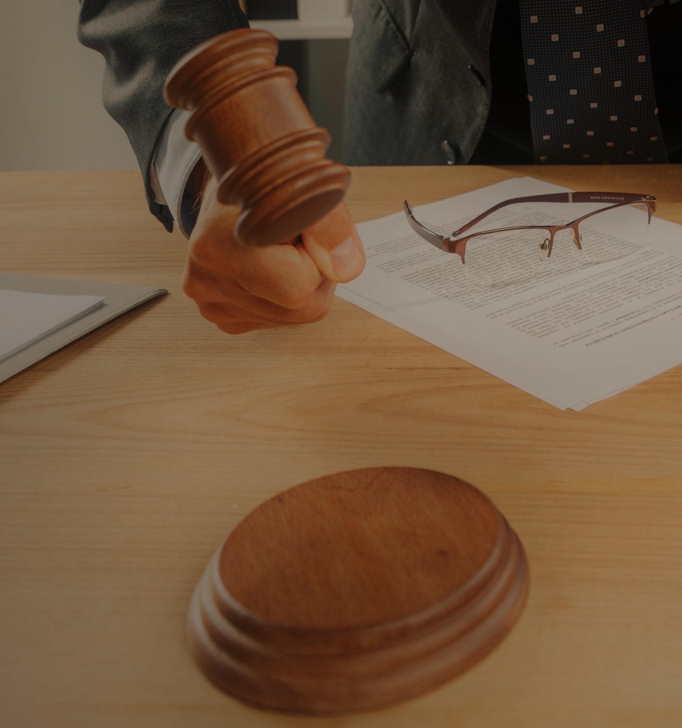 mazo-juez-min.jpg
